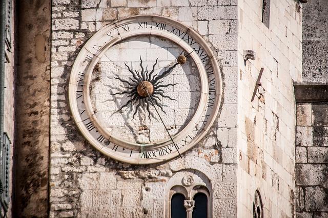 スプリット、ディオクレティアヌス宮殿内の時計台