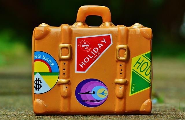 luggage-991313_640