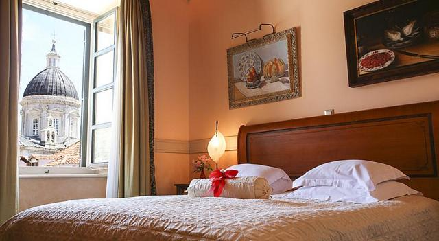 ドブロブニクでぜひ泊まってみたい憧れの高級ホテル、プチッチ・パレス (C) Pucic Palace