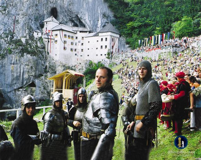 (C) Postojnska jama d.d. 毎年7月に行われる、エラゼム騎士トーナメント