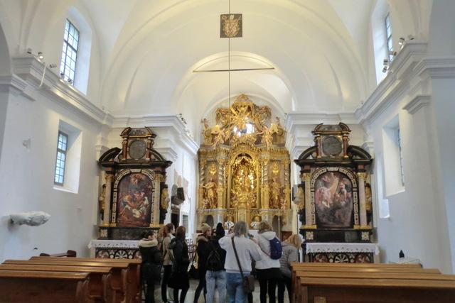 聖マリア教会の内部